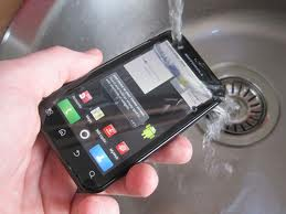 Waterproof Motorola Defy: Aliencoders